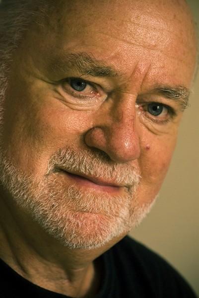 Geoff T Cox